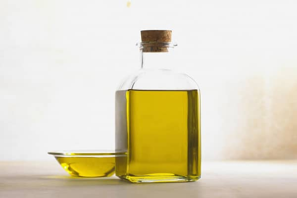 kitchen oil remedy for cure of warts
