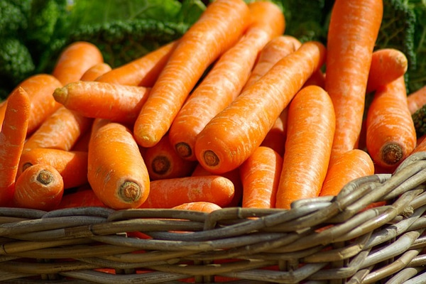 vegetable home remedy for glowing skin