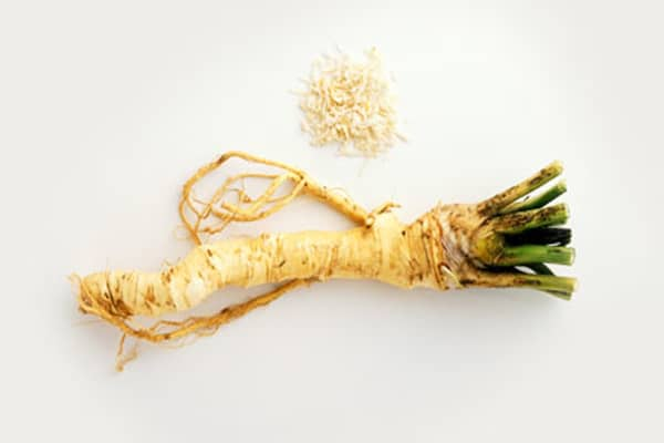 horseradish for reducing the color of brown spots on skin