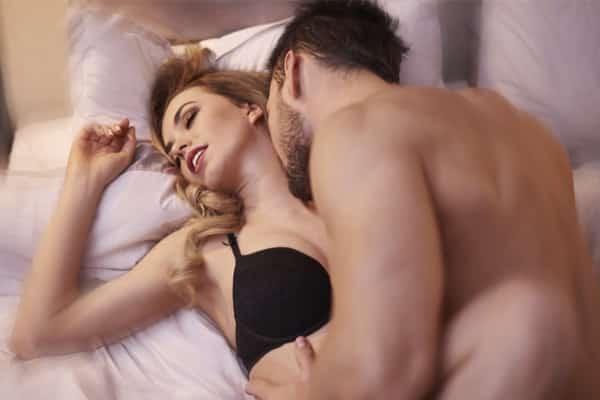 10-Killer-Ways-To-Help-Him-Last-Longer-In-Bed