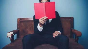 10 Must Read Books to Launch Your Small Business Idea