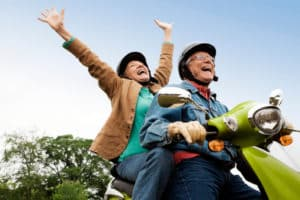 10 façons de profiter au mieux de vos années de retraite &quot;width =&quot; 300 &quot;height =&quot; 200 &quot;data-jpibfi-description =&quot; &quot;data-jpibfi-post-excerpt = &quot;&quot; data-jpibfi-post-url = &quot;https://www.livealittlelonger.com/10-smart-ways-to-enjoy-your-retirement-years/&quot; data-jpibfi-post-title = &quot;10 façons intelligentes profiter de vos années de retraite! &quot;data-jpibfi-src =&quot; https://www.livealittlelonger.com/wp-content/uploads/2018/05/10-Ways-to-Best-Enjoy-Your-Retirement-Years1- 300x200.jpg &quot;/&gt; </p> <p> Rassemblez une liste des endroits que vous avez toujours voulu visiter, puis commencez à planifier ces voyages.Pensez aux monuments célèbres, aux merveilles naturelles à couper le souffle, ou aux membres de la famille qui Vous n&#39;avez même pas besoin de voyager loin, simplement sortir de la maison et explorer de nouvelles zones vous donneront quelque chose à attendre avec impatience et surtout, vous pouvez conduire quand il n&#39;y a pas de circulation, réserver un vol en milieu de semaine, et restez aussi tard que vous le souhaitez! 459008] </p> <h3> <strong> 3. Rattraper le divertissement essentiel </strong> </h3> <p> À l&#39;aide d&#39;Internet, faites des recherches et compilez une liste exhaustive des <a href=