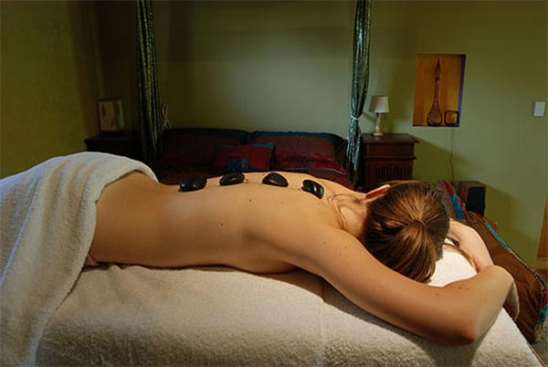 hotstone-massage